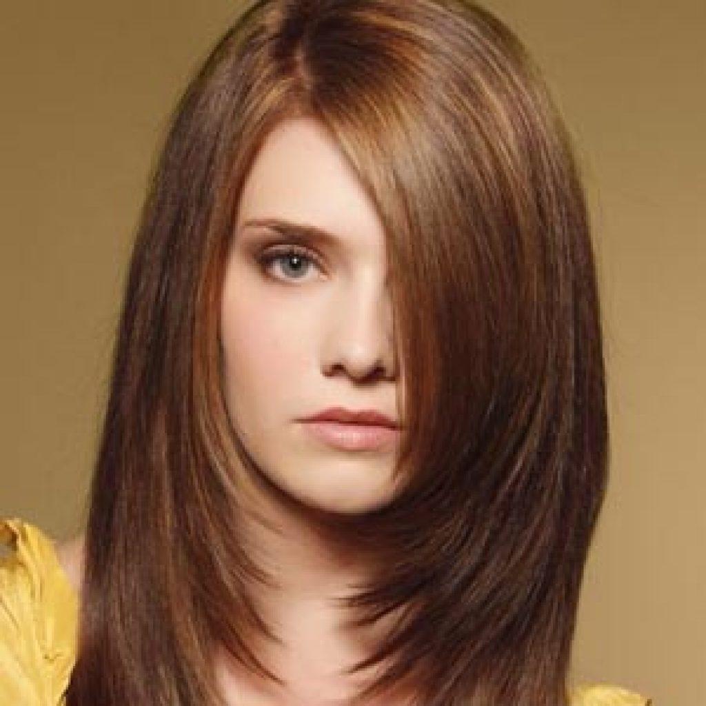 Каскадная стрижка на волосы средней длины