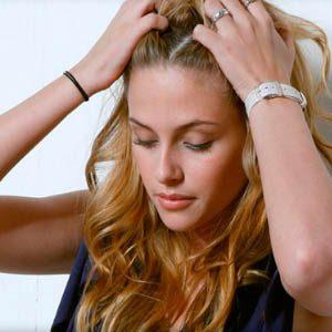 Делаем массаж головы для быстрого роста волос