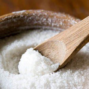 Как использовать соль для ускорения роста волос и от облысения?