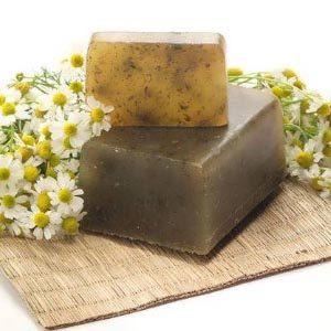 Как пользоваться хозяйственным мылом для лечения перхоти