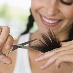 Почему нужно стричь кончики волос?
